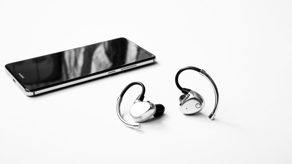 EOZ Air – Premium Bluetooth Earphones For $99 Bucks